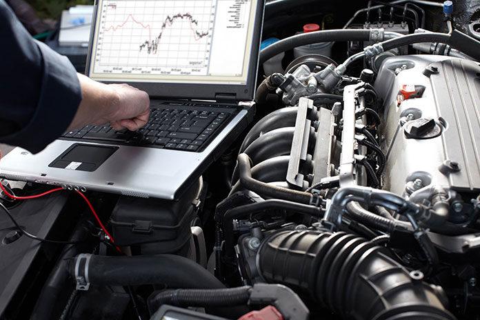 Na co zwrócić uwagę przy wyborze komputera do diagnostyki samochodowej?